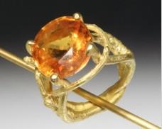Twig ring with Sri Lankan sapphire