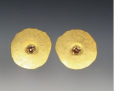 Disc earrings with cognac diamonds