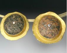 Convex disc pendant with granite