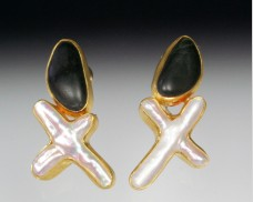 Basalt & X-pearl earrings