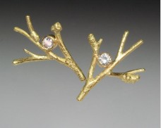 Branch earrings with diamond