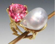 Pearl and tourmaline twig ring