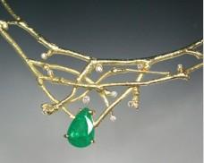 Emerald twig neckpiece