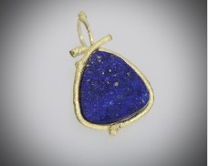 Twig pendant with lapis