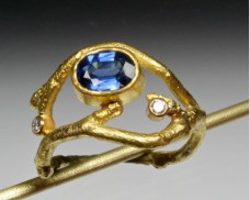 Twig ring with sapphire & diamonds