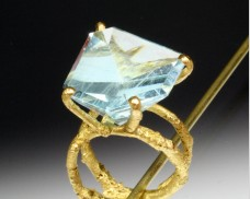 Fantasy-cut aquamarine ring